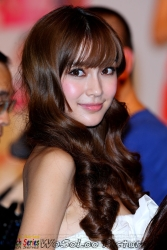 Angelababy@港威商場20100712 (7398 views)