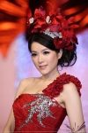 苟芸慧@華麗婚紗匯演20111217 (6048 views)
