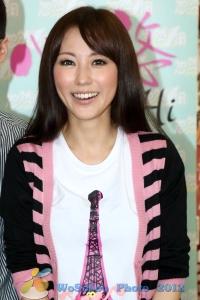 劉心悠「天生愛情狂」見面會@西洋菜街20121020 (4510 views)